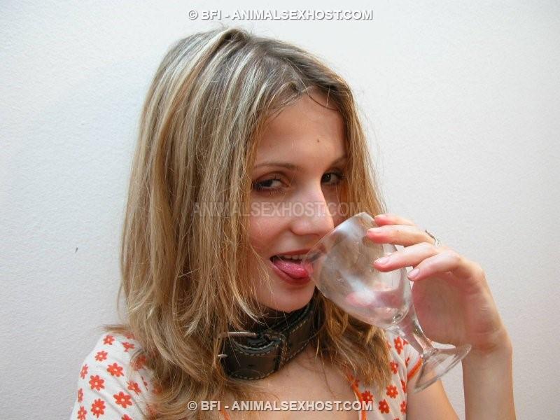 Bilara And Toro  Drinking Dogs Sperm  Page 9  Free -7058