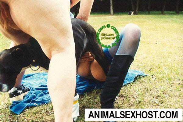 Women in thigh high pantyhose